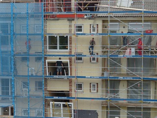 דיירים מתנגדים לשיפוץ מבנה משותף